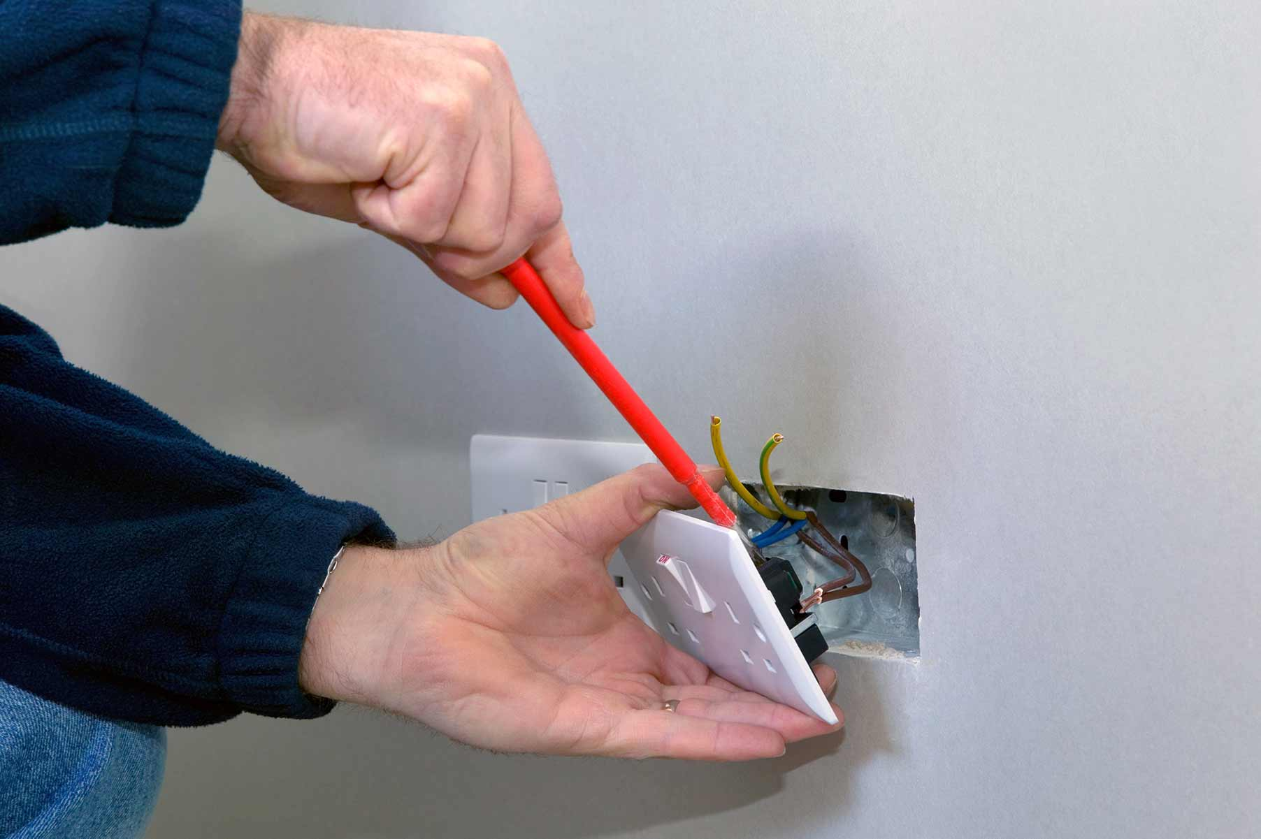 Our electricians can install plug sockets for domestic and commercial proeprties in Trowbridge and the local area.